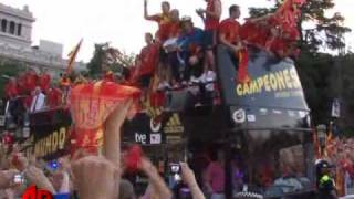 Raw Video: Spain World Cup Fiesta Goes Wild