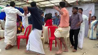 Rocking dancing musical chair game - Boys