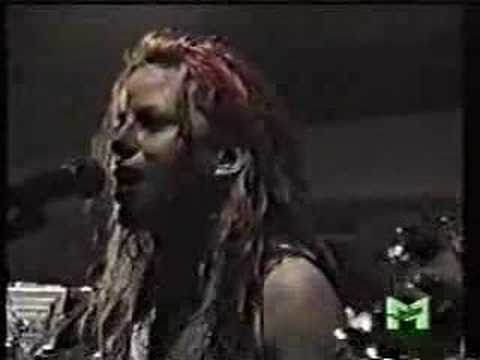 L7 - Let's Lynch The Landlord (Dead Kennedys)