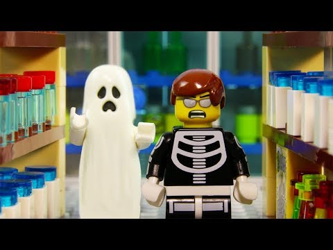 LEGO Halloween STOP MOTION LEGO Ghost Attack Supermarket Fail  | LEGO City | Billy Bricks