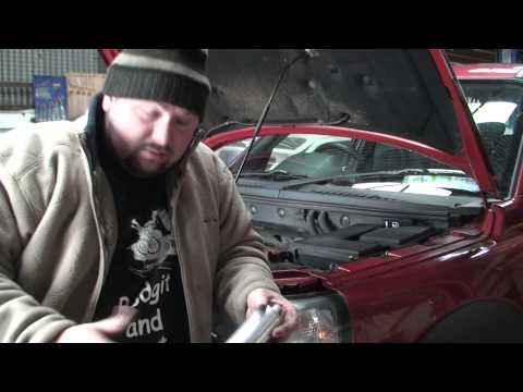 bodgit and leggit garage how to service a 2005 land rover fr