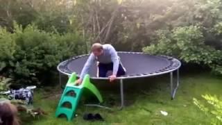 backflip na trampolinie [śmieszne]