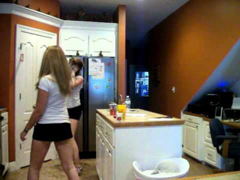 me & emily dancing to da house party  brokeNCYDE
