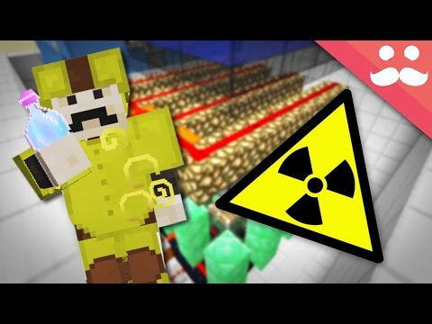 How to make a NUCLEAR REACTOR in Minecraft!