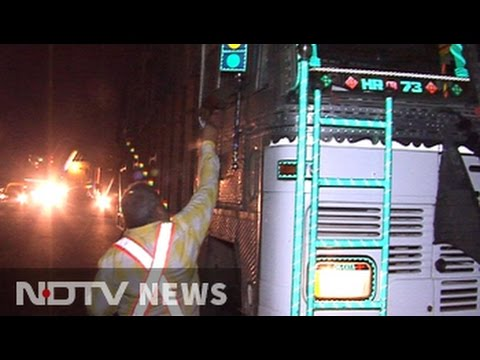 Trucks not paying 'green tax' in Delhi, finds NDTV in midnight inspection