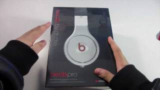 Unboxing: Beats by Dr. Dre Pro Headphones(, 2012-02-04T17:20:50.000Z)