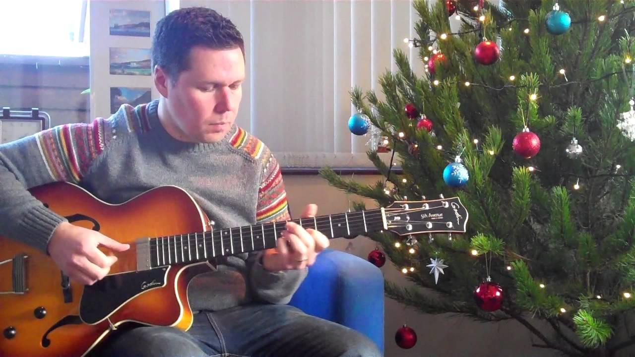 Rockin' Around The Christmas Tree - Fingerstyle jazz guitar - YouTube