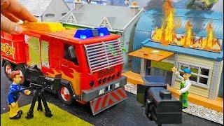 Feuerwehrmann Sam Unboxing: NEUES Feuerwehrauto Jupiter Filmheld Set | Spielzeug Film für Kinder