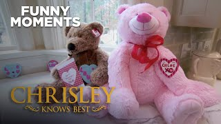 Chrisley Knows Best | Chase Steals Chloe's Valentine Bear | Funny Moment | Season 3 Episode 4