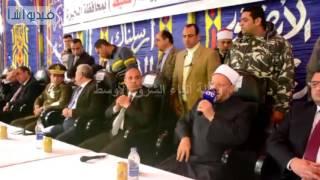 بالفيديو : محافظ البحيرة ومفتى الجمهورية ومدير الأمن يشهدون جلسة صلح بين عائلتين بايتاى البارود