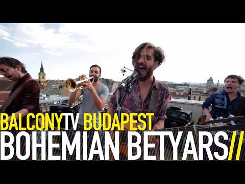 Смотреть клип BOHEMIAN BETYARS - UTCABETYÁR (BalconyTV) онлайн бесплатно в качестве