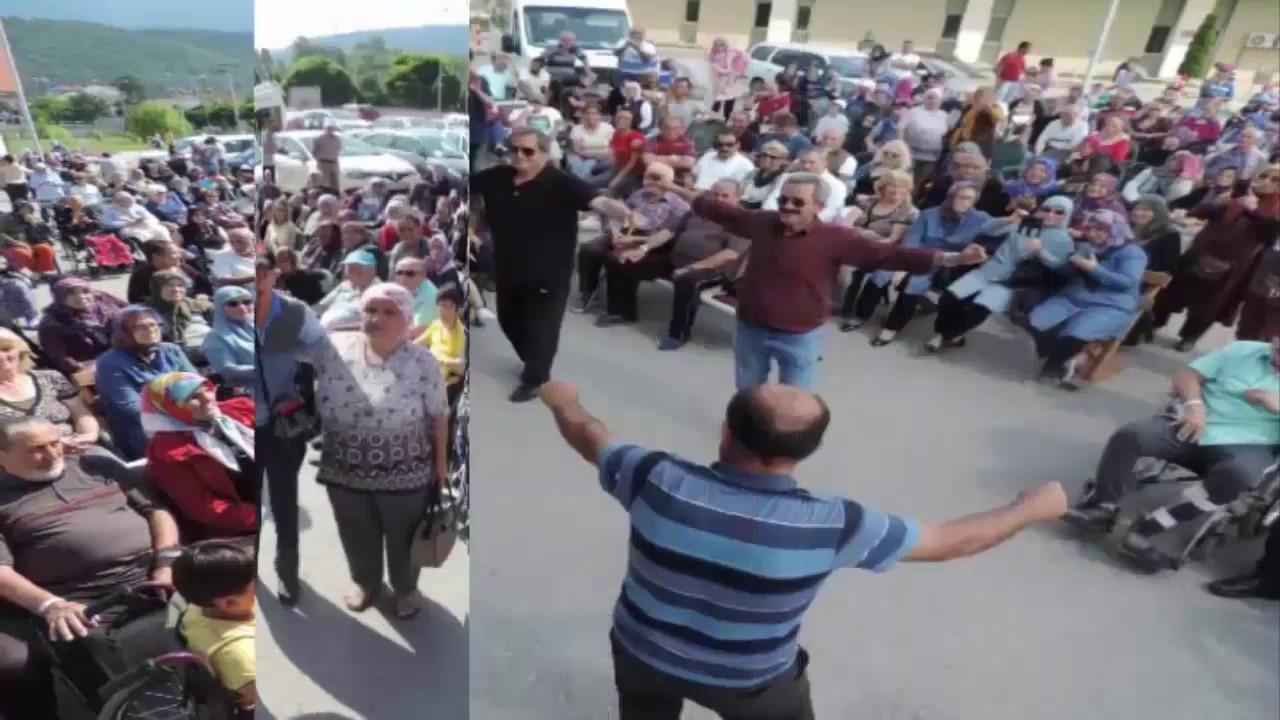Bolu'da Hastalara Moral Vermek Amacı İle Bolulu Ramazan Çelik Konser Verdi..