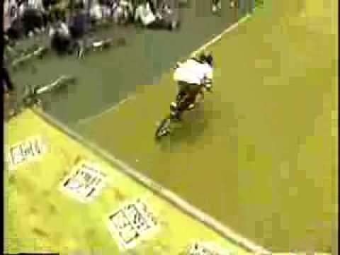 MATT HOFFMAN LANDING HIS FIRST EVER 900