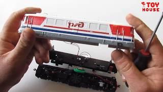 Что внутри игрушки? Разобрал модель тепловоза РЖД со звуком и светом масштаб H0 1/87