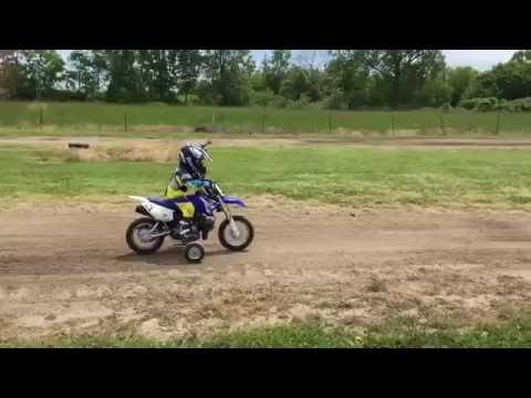 3 year old at the track - Yamaha TTR 50 with Training Wheels - GoPro - Fly Racing