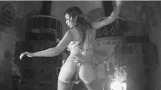 Sexy japanese dancer Aya Fukunaga dancing in the rain.