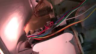 居家生活疑难解答-洗衣机漏水怎么办?怎么更换排水泵(How to replace drain pump for Whirlpool washer)