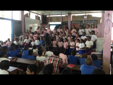 "Guaico Presbyterian School Choir Singing ""Happy"""