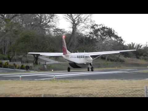 Contadora airstrip Panama (OTD), Small aircraft traffic
