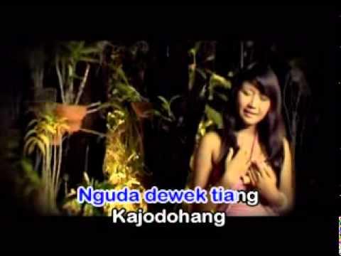 HEBOH! Lagu Pop Bali Trio Maniez