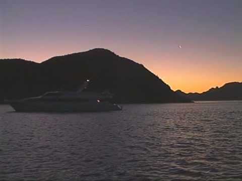 Overview of Small Ship Luxury Yacht Cruising - americansafaricruises.com