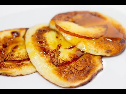 Оладьи с яблоками   Оладьи на кефире   Рецепт оладьев