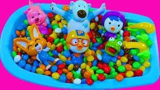 뽀로로 Пороро Учим цвета с Игрушкой Пингвиненок Пороро Для самых маленьких Ванная Конфет Ммдемс M&Ms
