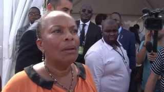 Réveil-FM: Christiane Taubira visite des stands PS à La Rochelle 2