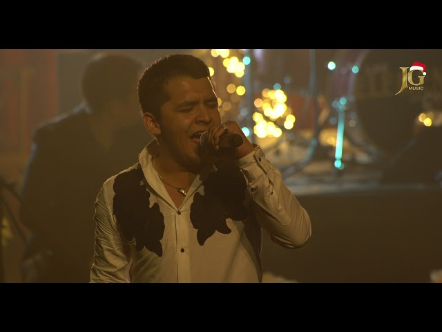 Christian Nodal - Quien es usted