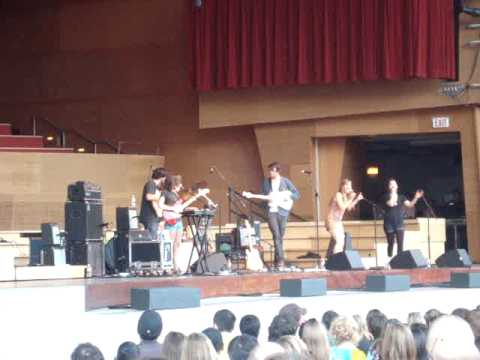 Dirty Projectors: Stillness is the Move @ Jay Pritzker Pavilion in Chicago, Illinois 2009