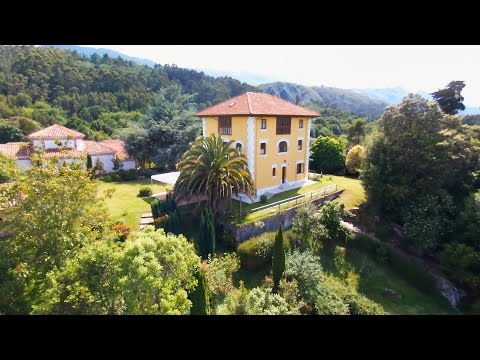 Video about Hotel and CA La Torre