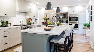 Makeover | Traditional Home Decorated For Christmas