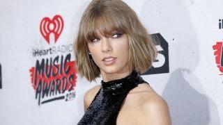 Taylor Swift grop...