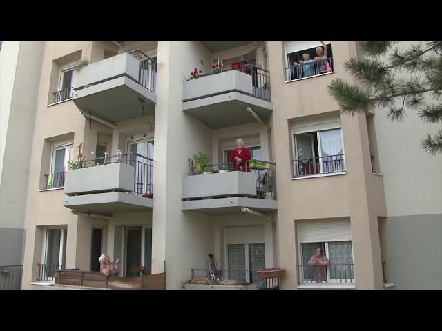 Célébration du 8 mai 1945 : La Marseillaise aux balcons