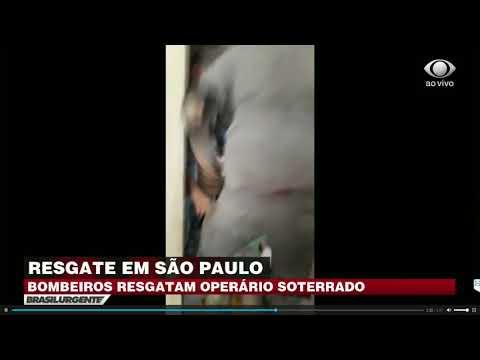 Bombeiros resgatam operário soterrado em São Paulo