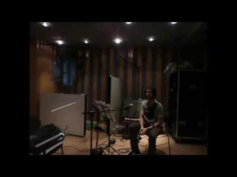 MJF|2014-Internet|Round-Guitar-Emiliano-Sampaio-Austria-03 (full)