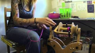 Repeat youtube video Navajo Ply (3 Ply) Yarn - Spinning with Elizabeth
