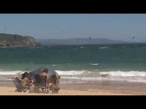 Barbate (Cádiz) Playa Marisucia o de la Curva o Cala Varadero con levante y kitesurf