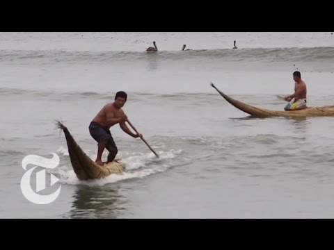 In Peru, Trading Boats for Boards | The New York Times