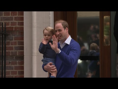 Royal baby: Prince George and Prince William arrive at Lindo Wing