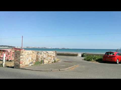 Driving in Jersey from St Aubin to St Helier