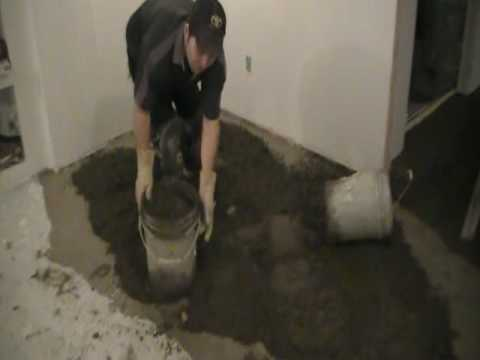 how to spread floor mix before dry pack mud bed 3 of 9 youtube. Black Bedroom Furniture Sets. Home Design Ideas