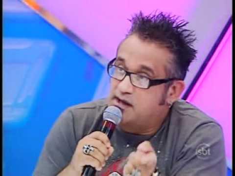 Regis Tadeu Critica duramente Restart e Luan Santana no programa do Raúl Gil