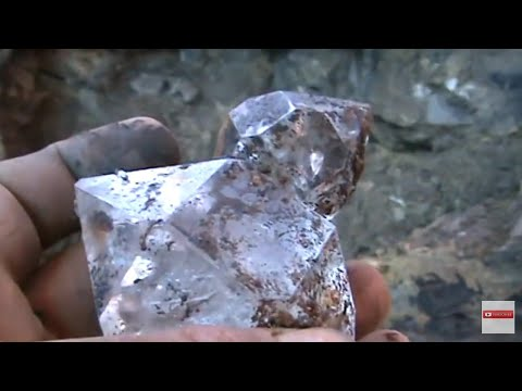 Beautiful Herkimer Diamond Druze Pocket