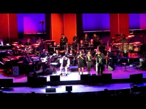 TOTO Members Reunite Onstage with Quincy Jones