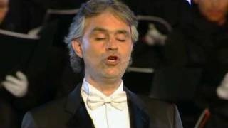 Watch Andrea Bocelli Ave Maria video