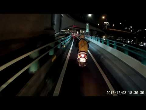 12 03 騎車上中興橋基本上沒有壞的權利 不然一不小心有可能會被撞