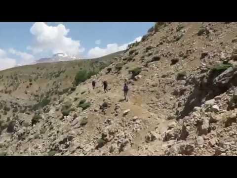 Hiking path in Zagros mountain (Iran)