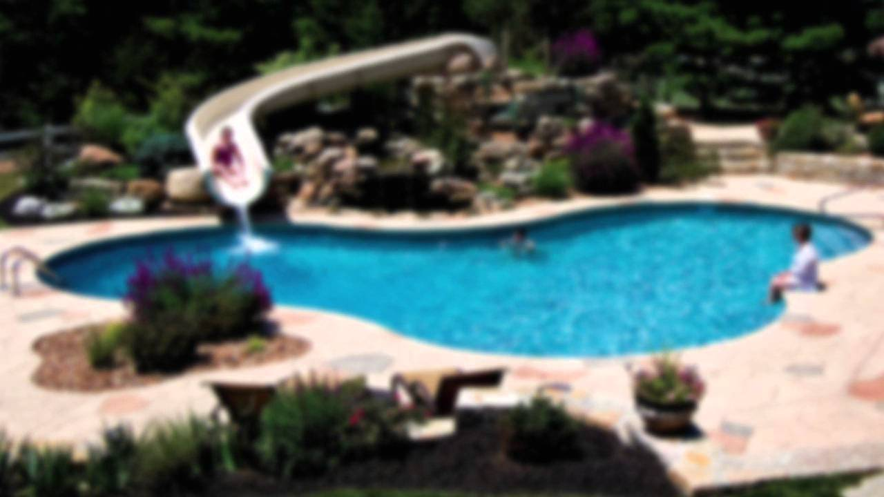 Swimming Pools In Small Backyards