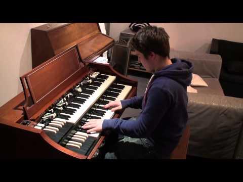 Hammond A100 (B3) leslie minor blues